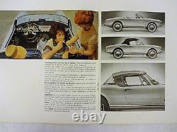 Alfa Romeo Giulietta Spider Veloce Original Sales Brochure in French Tipo 101.03