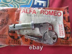 Originale Alfa Romeo Tipo 105 Cilindro Con 2 Chiavi 105956002300.00 Nuovo