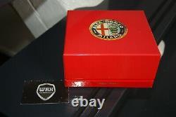 143 Alfa Romeo Tipo 33 Stradale Rouge Minichamps Voir Info Superb